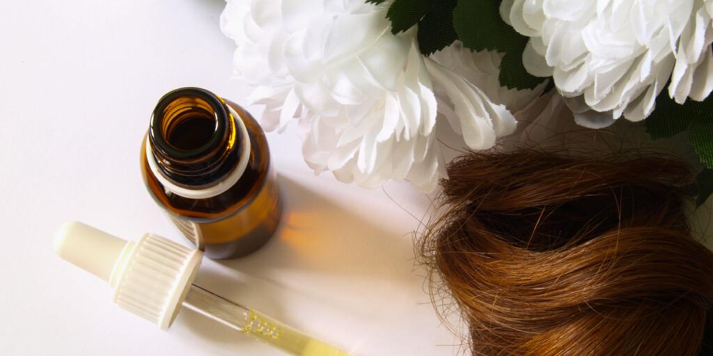 Natural Dandruff Remedies_4 oiling_