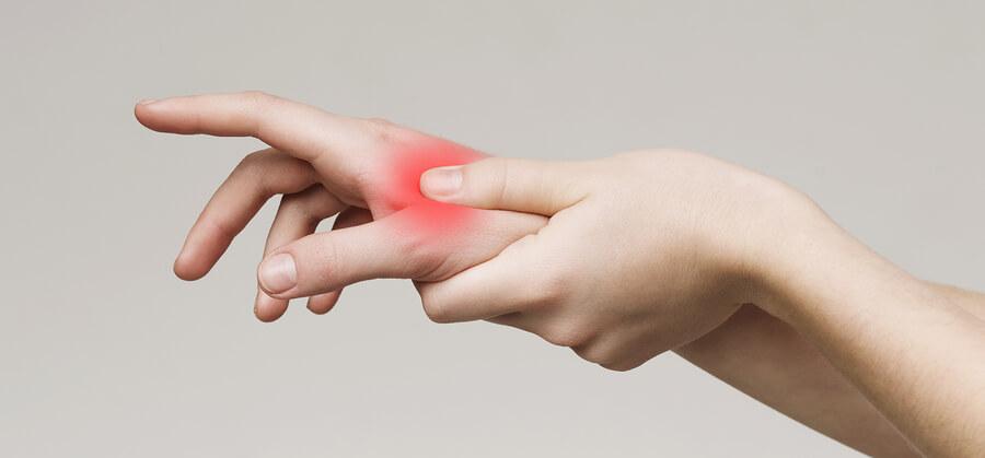 Arthritis hand pain red