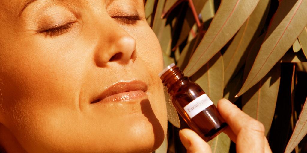 Top 7 Eucalyptus Oil Benefits and Uses_Sleep_