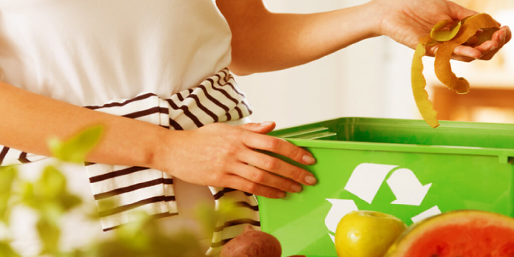 10 Easy Ways to Start Living Zero Waste_Reducing Plastic
