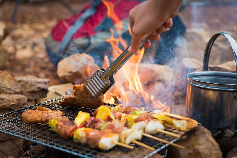 Best camping foods fire kebabs